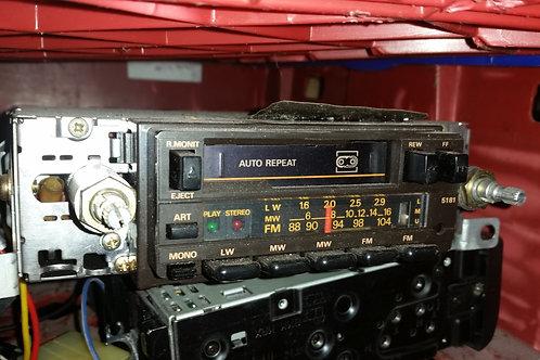 Toyota MR2 MK1 radio