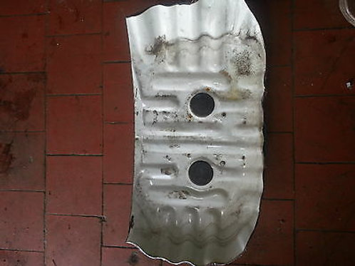 Toyota MR2 MK1 frunk tyre well repair panel