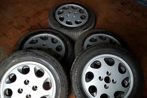 Toyota MR2 MK1 pepperpot alloy wheels