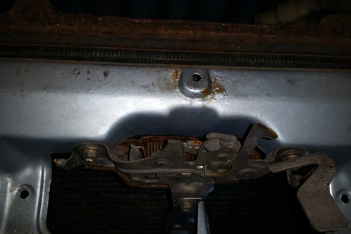 Toyota MR2 MK1 engine bay latch