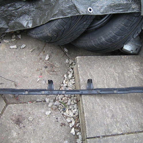 Toyota mr2 mk1 front licence number plate support
