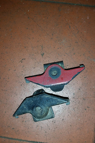 Toyota MR2 MK1 front wing clips