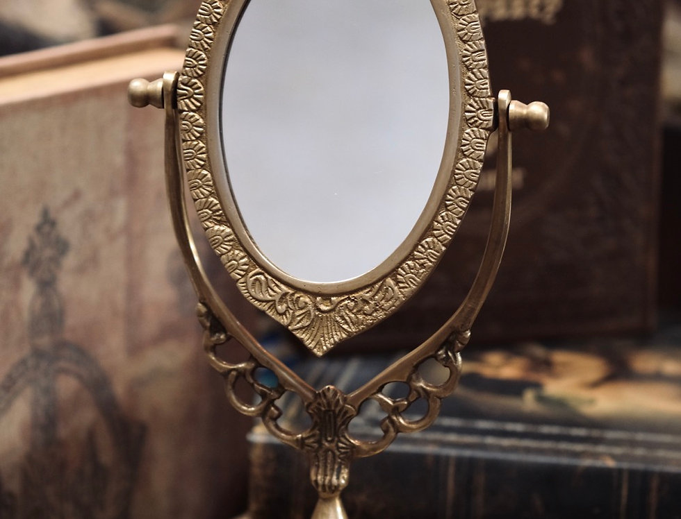 SPIN MIRROR BRASS OVAL