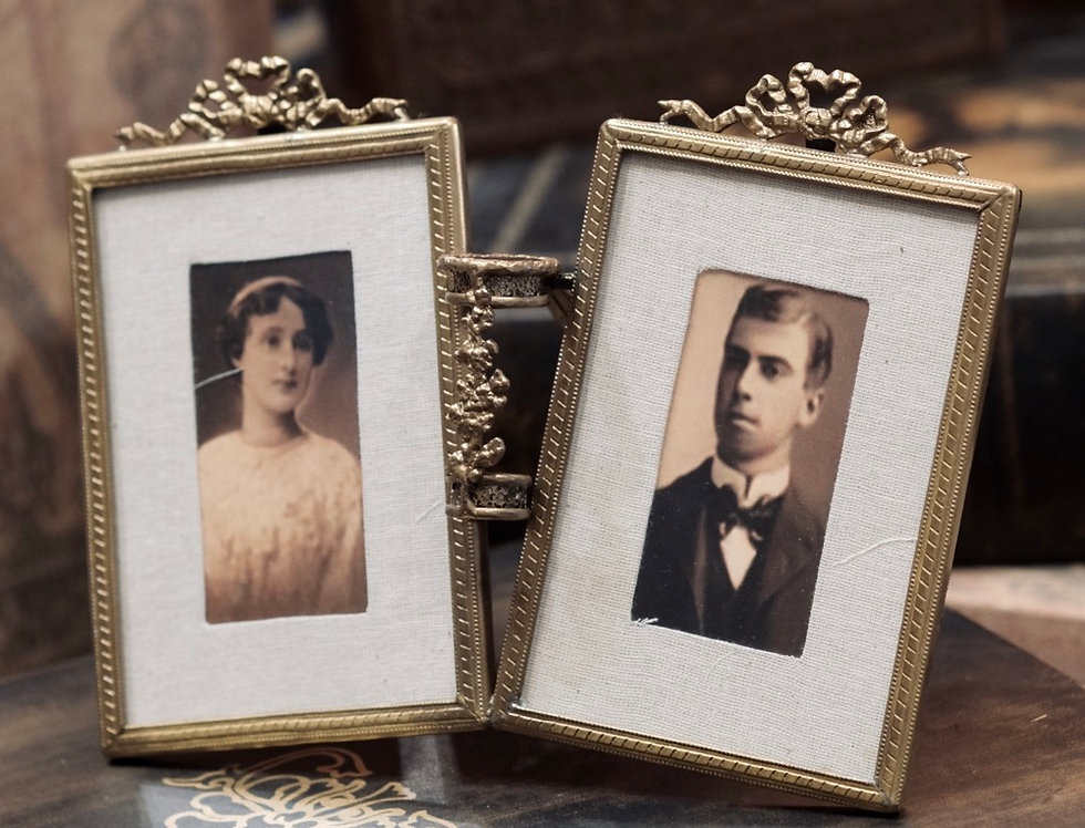 PICTURE FRAMES BRASS