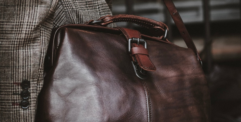 MEDIUM DOCTORE BAG - CIGAR BROWN