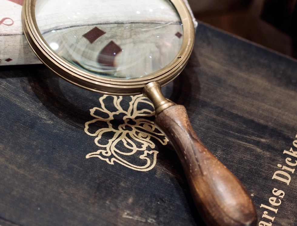 MAGNIFYING GLASS ROUND WOOD