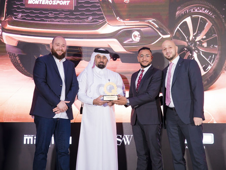 "Qatar Automobiles Company receives the ""Best Mid – Size SUV"" Award and 'Best Pick-Up' for Mitsubishi"