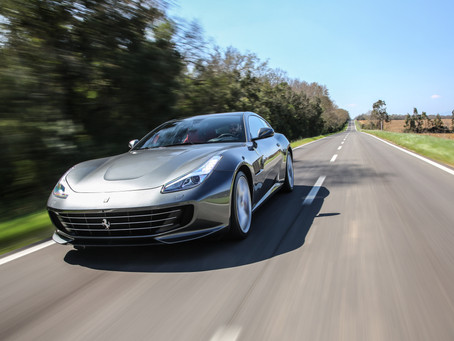 Ferrari GTC4Lusso T, mature look with a teenager heart