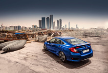 Highly Civilized , Driving the New Honda Civic in Dubai