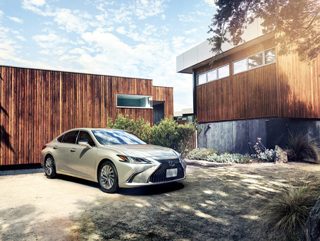 Lexus ES 300h crowned 'Best Midsize Luxury Sedan'   at Middle East Car of the Year awards 2019