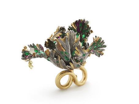 BIBI VAN DER VELDEN MEMENTO MORI RING - FIRST EVER CONTEMPORARY JEWELLERY PIECE EXHIBITED AT HERMITA
