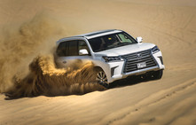 Loving Lexus, Doing Dubai in the desert busting LX 570