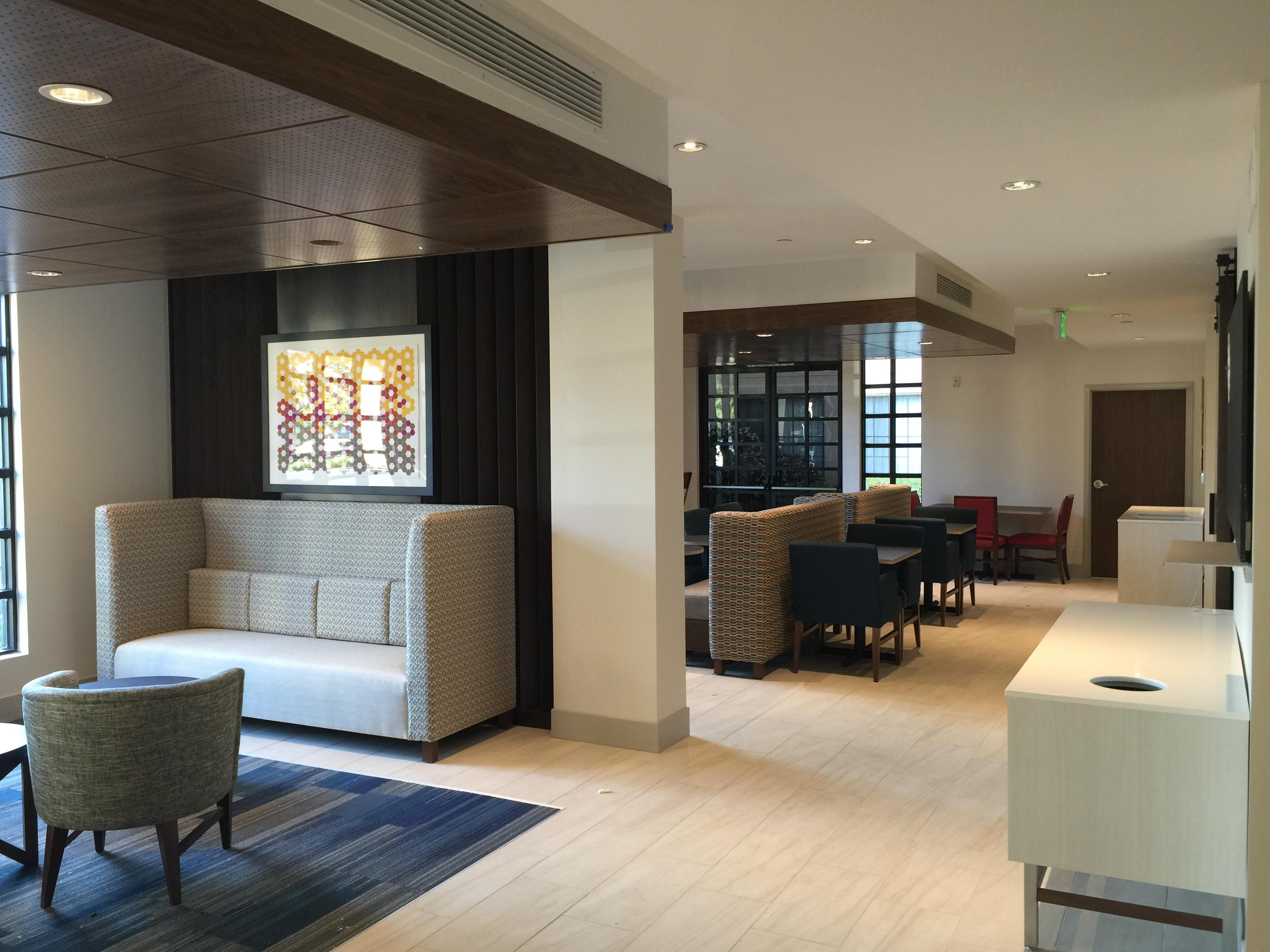 Holiday Inn Express, Mira Mesa CA