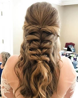 Loving this beautiful, boho style for _h