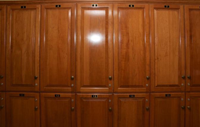 Mens and Ladies Locker Rooms