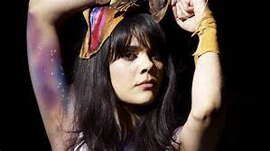 A Altas Horas 9x05 - Bat for Lashes, Me Not You, La Force y más...