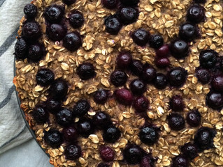 Make Ahead Breakfast: Blueberry & Banana Baked Oatmeal (vegan, gluten-free)