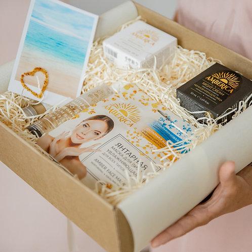 Лимитированный подарочный набор для лица Amber ReNew