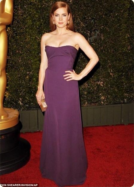 Amy Adams purple dress.jpg