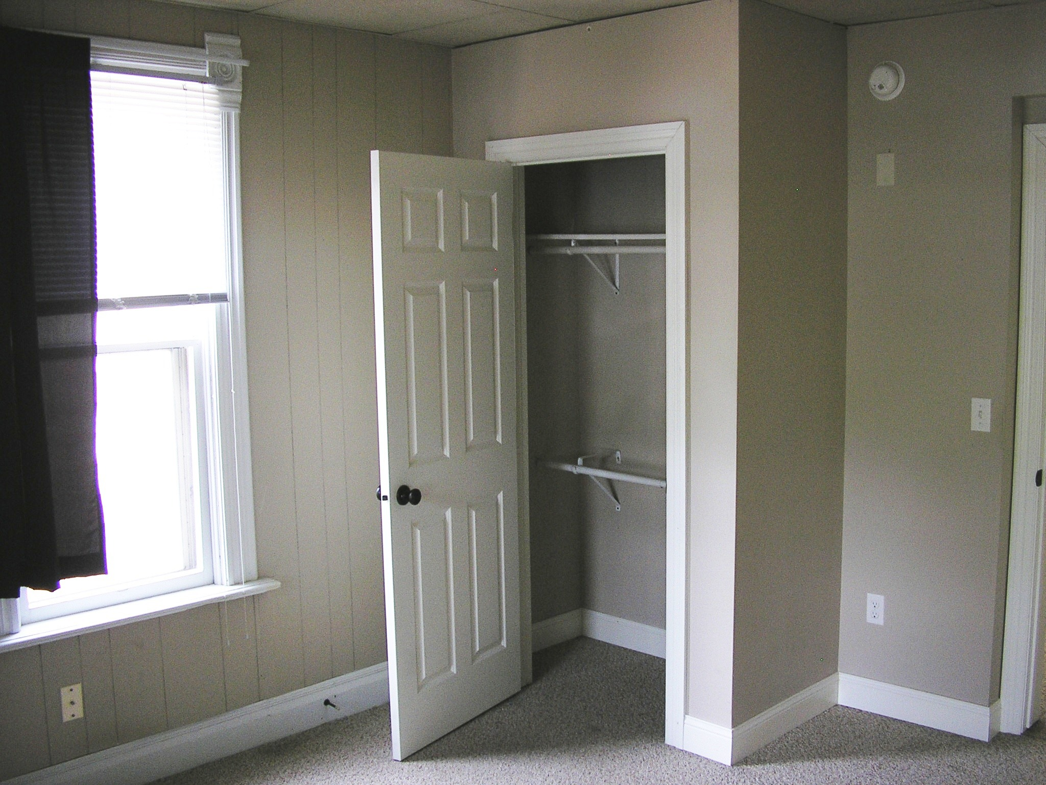 Dn-Bedroom 1