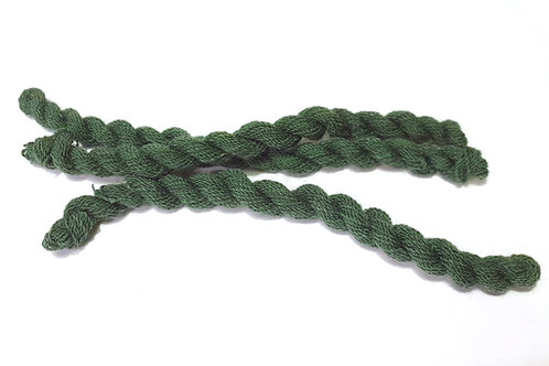 Thin strong wool embroidery thread- green 21