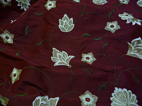 Embroidered silk-flowers red