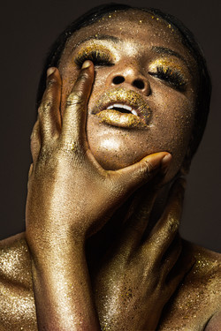 GoldenWoman