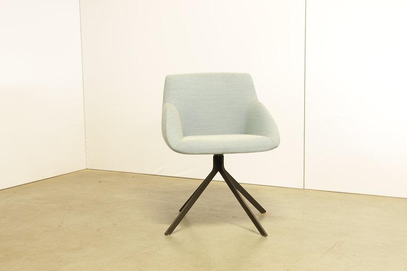 Blue armchair / 1X