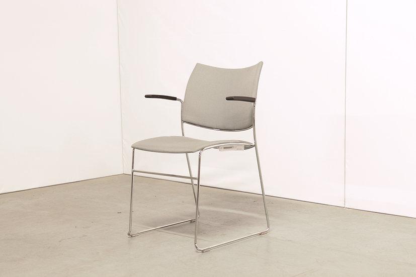 Curvy chair / 26X