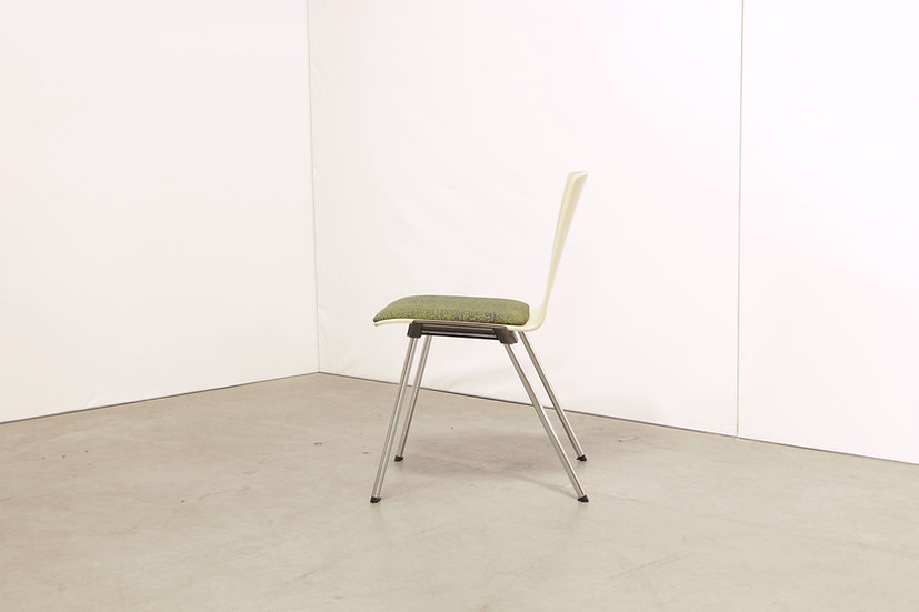 Caliber chair / 15X