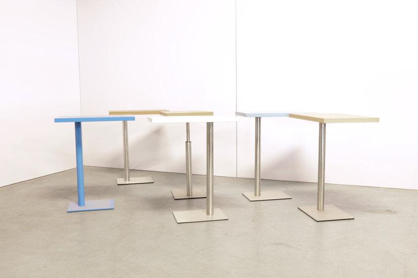 Bricks laptop table / 6X