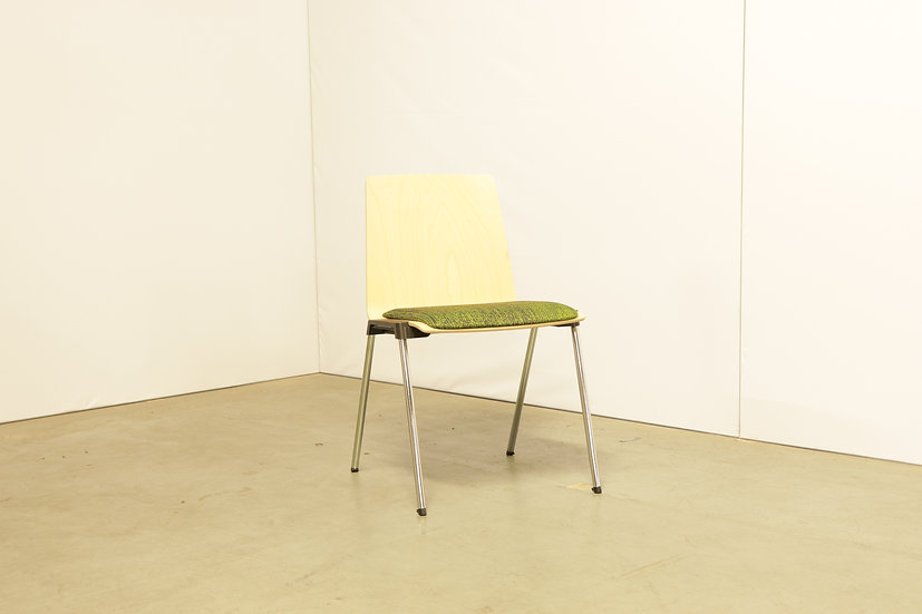 Caliber chair / 15X