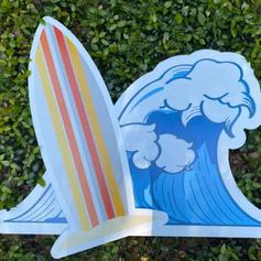Surfboard & Wave