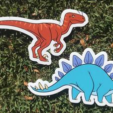Velociraptor & Stegasaurus