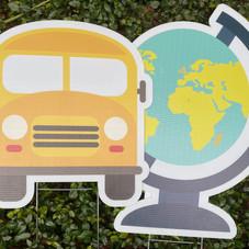 Bus & Globe