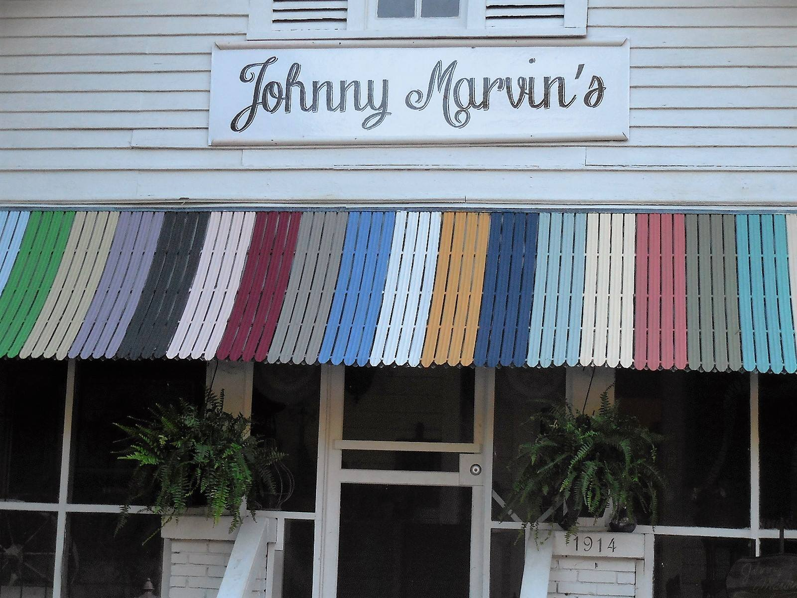 Johnny Marvin's Paint & Furniture