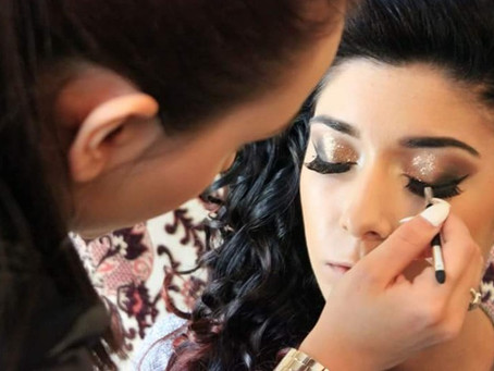 FREE Consultation with our Professional Make Up Artist