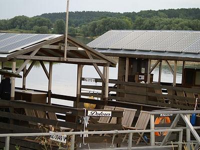 Raft on the Elbe