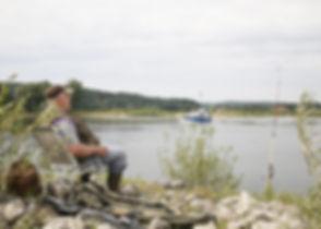 Angeln und Urlaub an der Elbe, der Fluss mit vielen Fischarten, natürlich eingebetet in die Landschaft