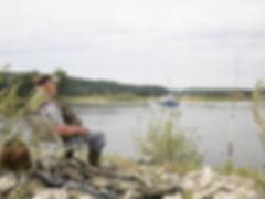 Angler an der Elbe