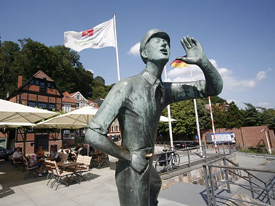 Rufer Anleger in Lauenburg