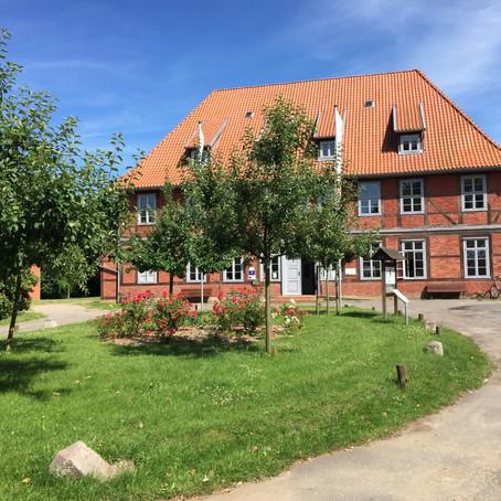 Öffnung Haus des Gastes in Neuhaus