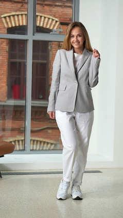 Женский светло-серый пиджак 2001