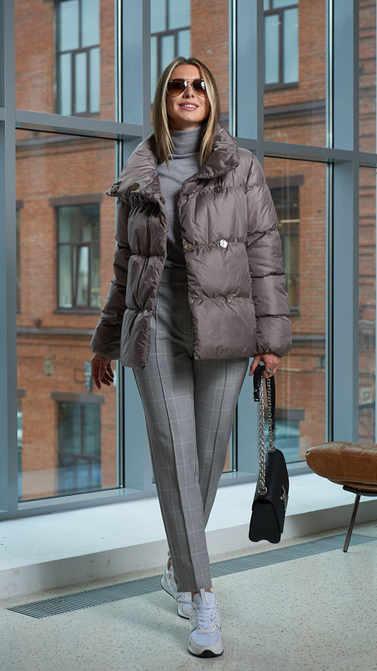 Женская куртка A&I бежево-серого цвета