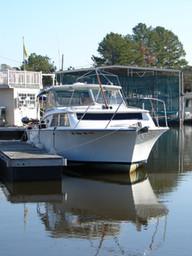Sportsman's Marina Boat