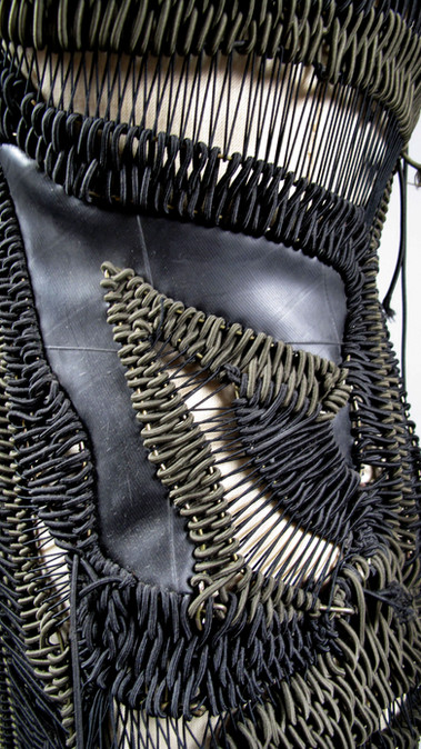 Wire Dress rubber detail