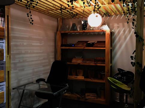 Características:  Creamos espacios acogedores, sofisticados y modernos por medio de nuestras pérgolas fabricadas completamente en madera o acero, con estilos únicos. Brindale a tu jardín, terraza, garaje y espacio exterior un toque de arquitetura, diseño, calidez y confort.  Síguenos: