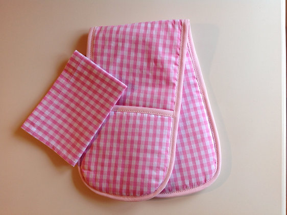 Pink Gingham Toy Oven Gloves and Tea Towel
