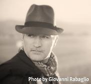 Cantautore e scrittore Pier Mazzoleni
