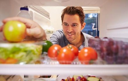 Stiați că aceste alimente  ar trebui să le păstrați în frigider?